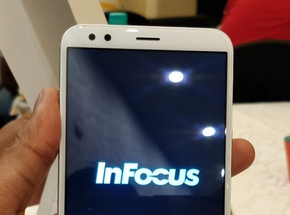 InFocus Vision 3 Review - A Bezel Less Budget Phone With Long Battery Backup-Design-techinfoBiT