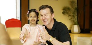 Brett Lee With Amishi Kunal The Cochlear Implant Receiver - Nucleus 7 Sound Processor - techinfoBiT-Bangalore Tech Blog
