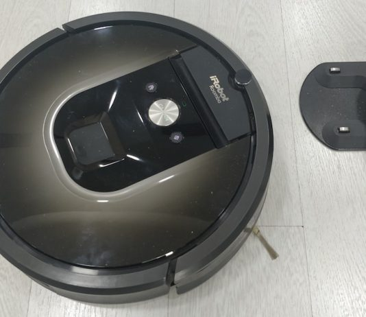 New iRobot Roomba i7+ Robot Learns a Home's Floor Plan and Empties Itself-Roomba 980-Vacuum Cleaner Robot-techinfoBiT-00004