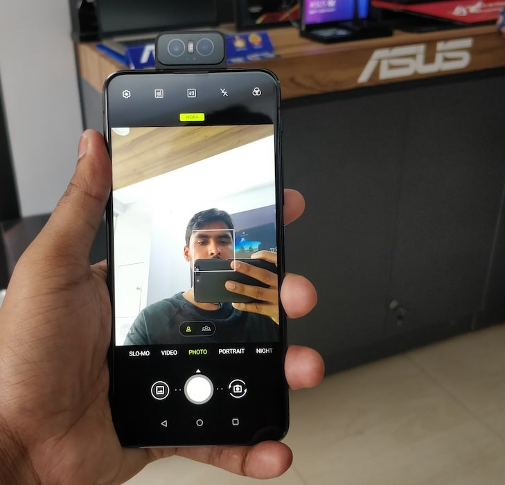 Experience Asus 6z Before Buying it on Flipkart, Visit Asus Exclusive Motorised Flip Camera-techinfoBiT-