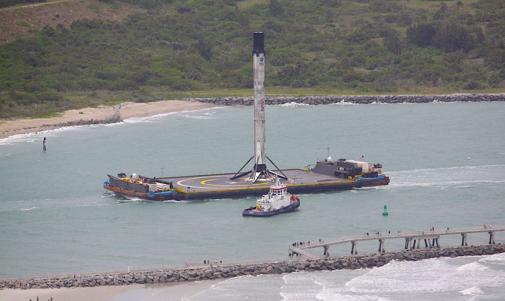 Falcon 9 Returns to Port After Crew Dragon Launch-Of Course I Still Love You-techinfoBiT